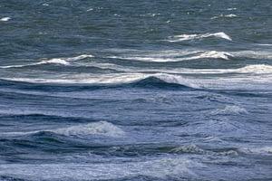 Wellen-bei-400-mm-auf-Sylt